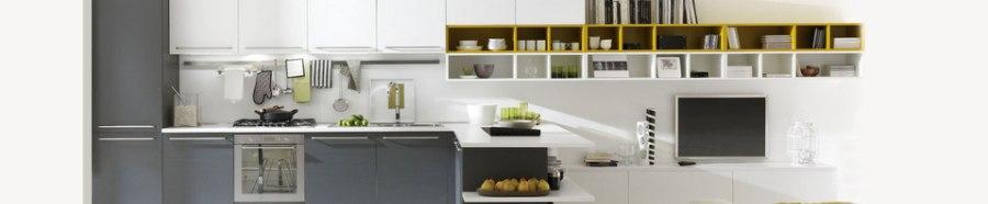 Экспресс ремонтный мебельный сервис - Ремонт мебели: быстро, недорого, качественно. Работы по ремонту мебели не являются сложным мероприятием, но, как и во всем остальном, здесь важен опыт, навыки, наличие специальных инструментов. Причины неисправностей и поломок мебели могут быть разными: - неправильная сборка; - длительная эксплуатация и как следствие, изношенные детали; - некачественная фурнитура. Проведение ремонта подчас кажется легким делом, но как только доходит до практического воплощения проектов, все вдруг останавливается. Как отремонтировать ролики, какие петли поставить взамен старых, как устранить скрип – только квалифицированный специалист даст ответ на эти вопросы и проведет все требуемые работы по ремонту. Дверки, перекошенные и не закрывающиеся, заедающие ролики шкафа купе, щели между дверцами, скрип при открывании – мастер приведет все в первозданный вид, а еще даст полезные советы по правильной эксплуатации шкафа. Также наши специалисты могут заменить фурнитуру, обновить покрытие мебели, устранить царапинки, сколы на поверхности дверок и боковых стенок шкафов, отремонтировать внутренние ящики, полки и вешалки. Срочный ремонт дверей шкафов купе на дому в Санкт-Петербурге. В квартирах, коттеджах, офисах часто требуется помощь по ремонту дверей у столь популярных сегодня шкафов купе. Их основным элементом является подвеска, состоящая из металлического профиля, встроенных треков и роликов. Ролики могут быть закреплены за верхние направляющие или за нижние. Устройство достаточно надежно, но при перегрузках и неправильной эксплуатации механизмы дверей могут выходить из строя. Переживать не следует – лучше сразу обратиться с заявкой к нам компанию и вызвать специалиста. Ремонт дверей шкафов на дому – это услуга, которая очень востребована у клиентов, оценивших оперативность и качество сервиса. Мастер приедет в точно указанное вами время, приведет в порядок неисправную мебель, а вам нужно будет только принять работу. На каждый заказ обязательно оформляет